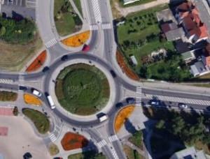 Roundabout Safety Fears for Sunshine West
