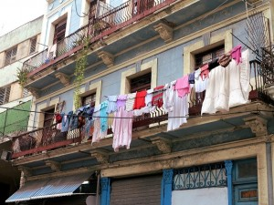 Washing-on-line-Cuba-Double-Barrelled-Travel