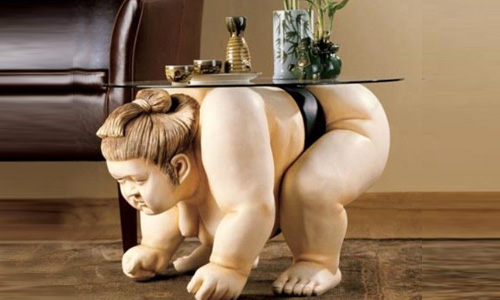sumo-wrestler-coffee-table