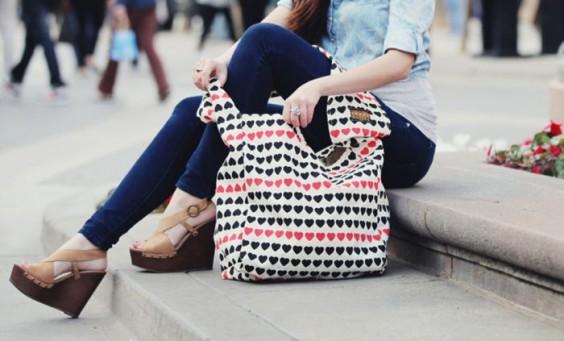 Vine-Street-Market-Tote-Bag