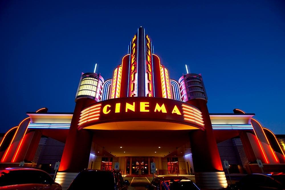 クイズ 世界の映画館 一番高いのはどこの国 ワーキングホリデー