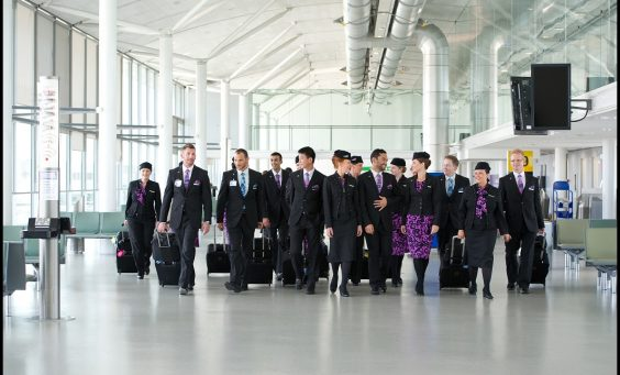 9._cabin_crew_in_airport