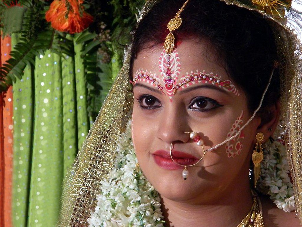 indian-bridal-nose-piercing