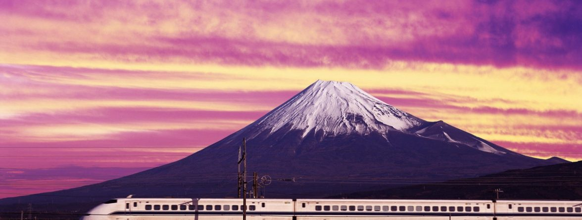 shinkansen-bullet-train-and-mount-fuji-japan