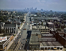 220px-Woodward_Ave_Detroit_1942