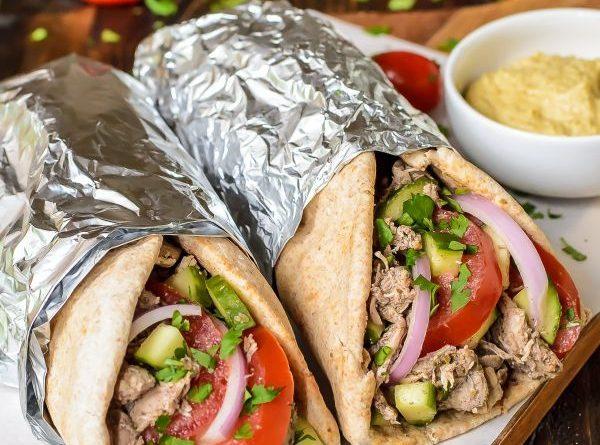 Slow-Cooker-Chicken-Shawarma-recipe.-A-garlic-yogurt-chicken-with-warm-spices-that-tastes-just-like-Greek-chicken-shawarma-but-less-work-300x380@2x