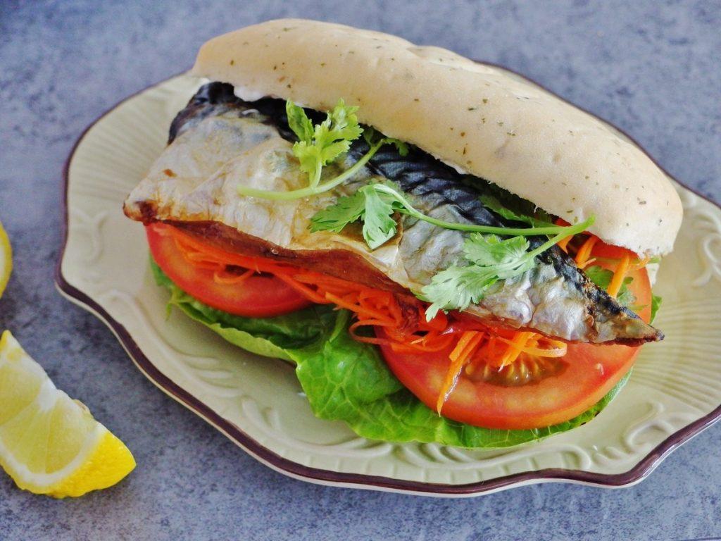 mackerel sandwich